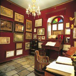 Γραφείο Gustav Clauss